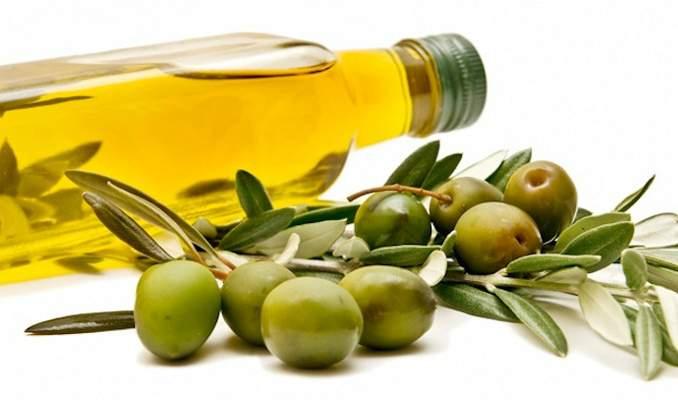 Manchas e cicatrizes da acne: 5 Remédios caseiros - azeite de oliva